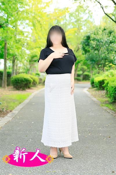 10月の新人情報 鈴村ひな(45)