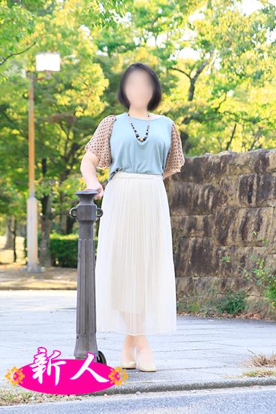 10月の新人情報 園原さくら(38)